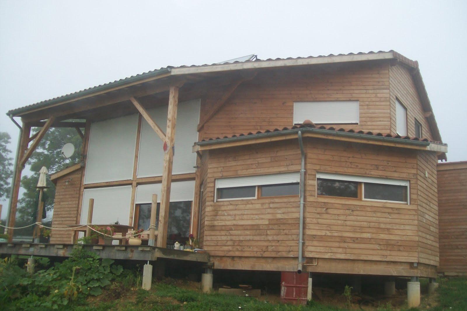 Maison bois construction maison st julien de jonzy 71 for Construction bois 71