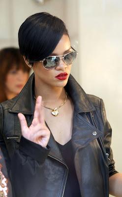 Pleasant African American Haircuts Photos 2012 Singer Rihanna39S Short Short Hairstyles For Black Women Fulllsitofus