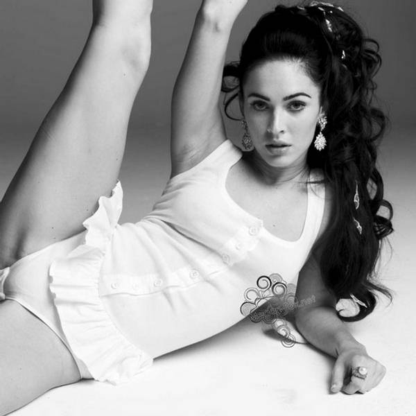 Megan Fox New York Times Photo Shoot (6 Pictures