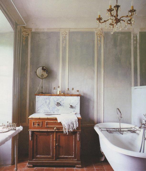 Bathroom Wallcovering French Toile Room Decor Bathroom: Rose Et Lis: Zinc Again