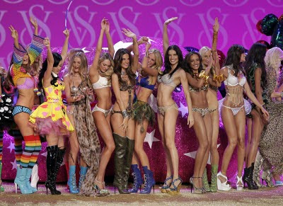 Supermodels Filming For The Victoria's Secret Miraculous Push Up Bra Television Commercial