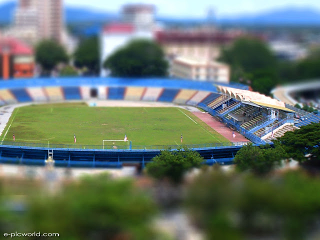 tilt-shift miniature faking pictures