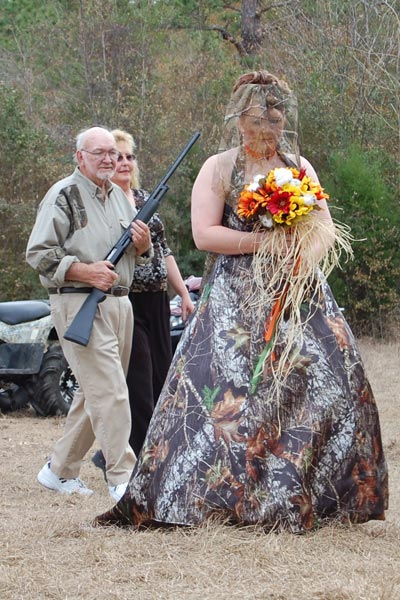 Ah The Bride And Her Father Coming Down Isle No You Re Not Seeing Things Dad S Carrying A Shotgun Has Camo Wedding Dress On