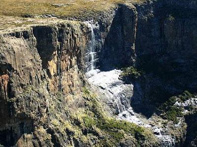 tugela falls 10 Air Terjun Tertinggi di Dunia
