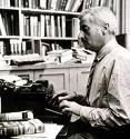 William Faulkner escribiendo