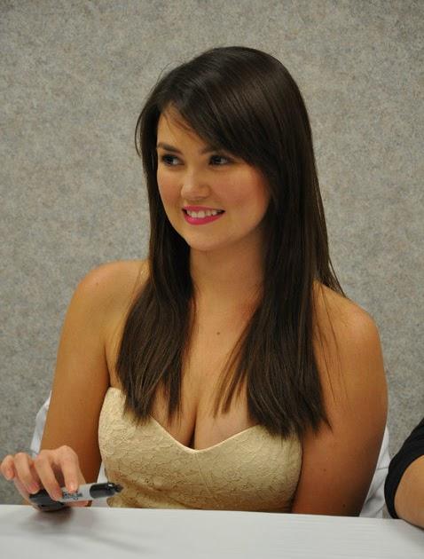 Angelica Panganiban Nude Photos 17