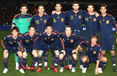 Chaise longue tenedor Cuestiones diplomáticas  FutbolJunkie: Spain 2010 World Cup Adidas Away Shirts