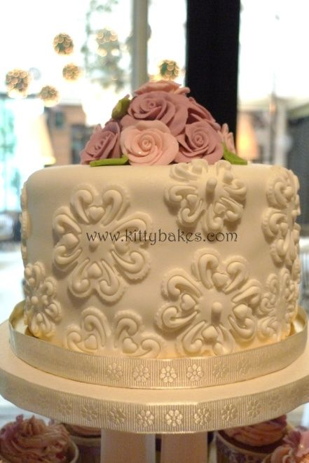 wedding cake penang kitty bakes penang cakes penang wedding cupcake towers 23405