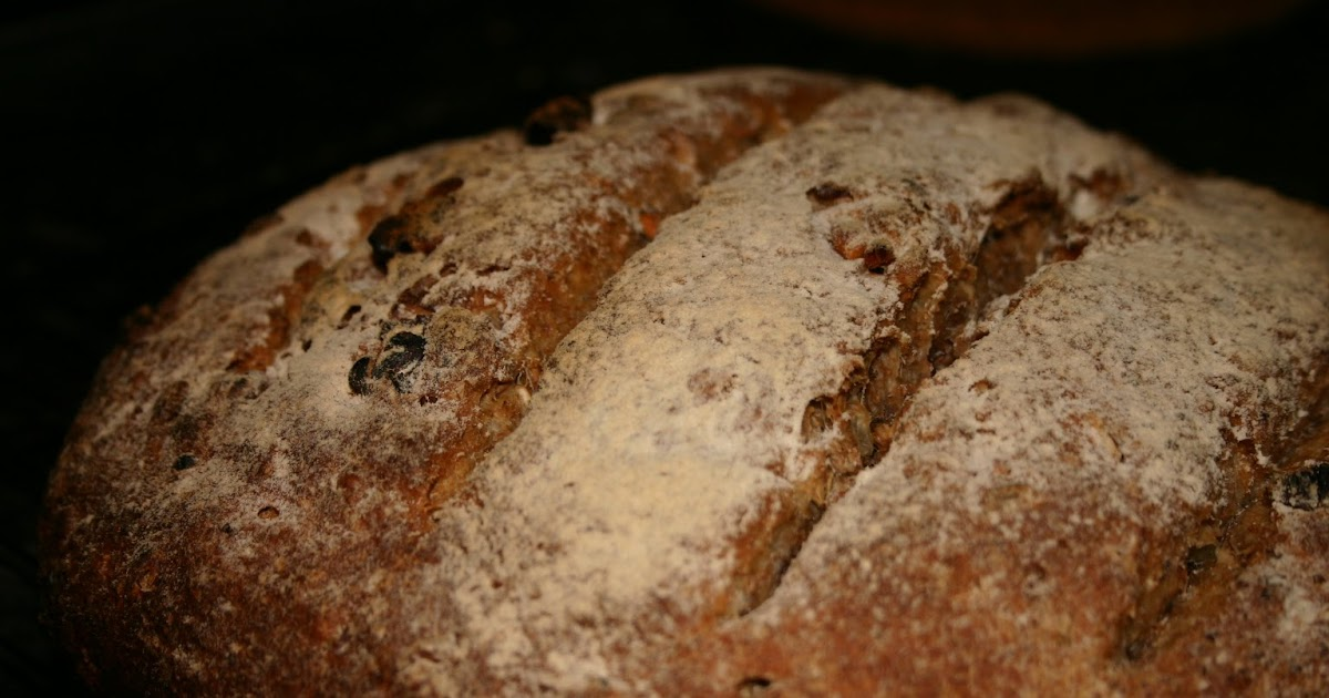 Neil Cooks Grigson: #217 Granary Bread with Walnuts