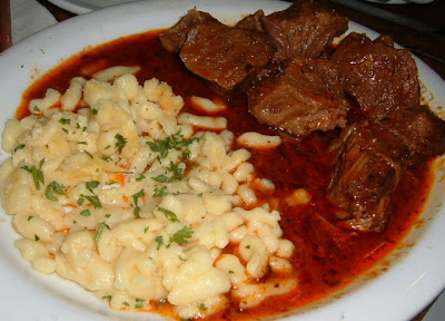 pörkölt képek Food and Beverages in Hungary: Pörkölt (stew) pörkölt képek