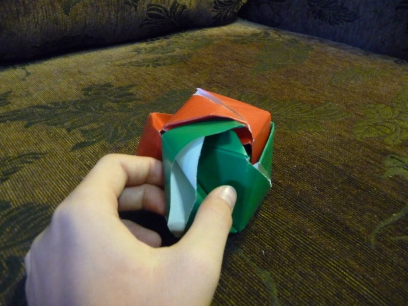 I Meant to Do My Work Today...: origami magic rose-cube