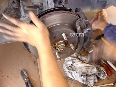 tacra's diy garage: Disc & Caliper Conversion