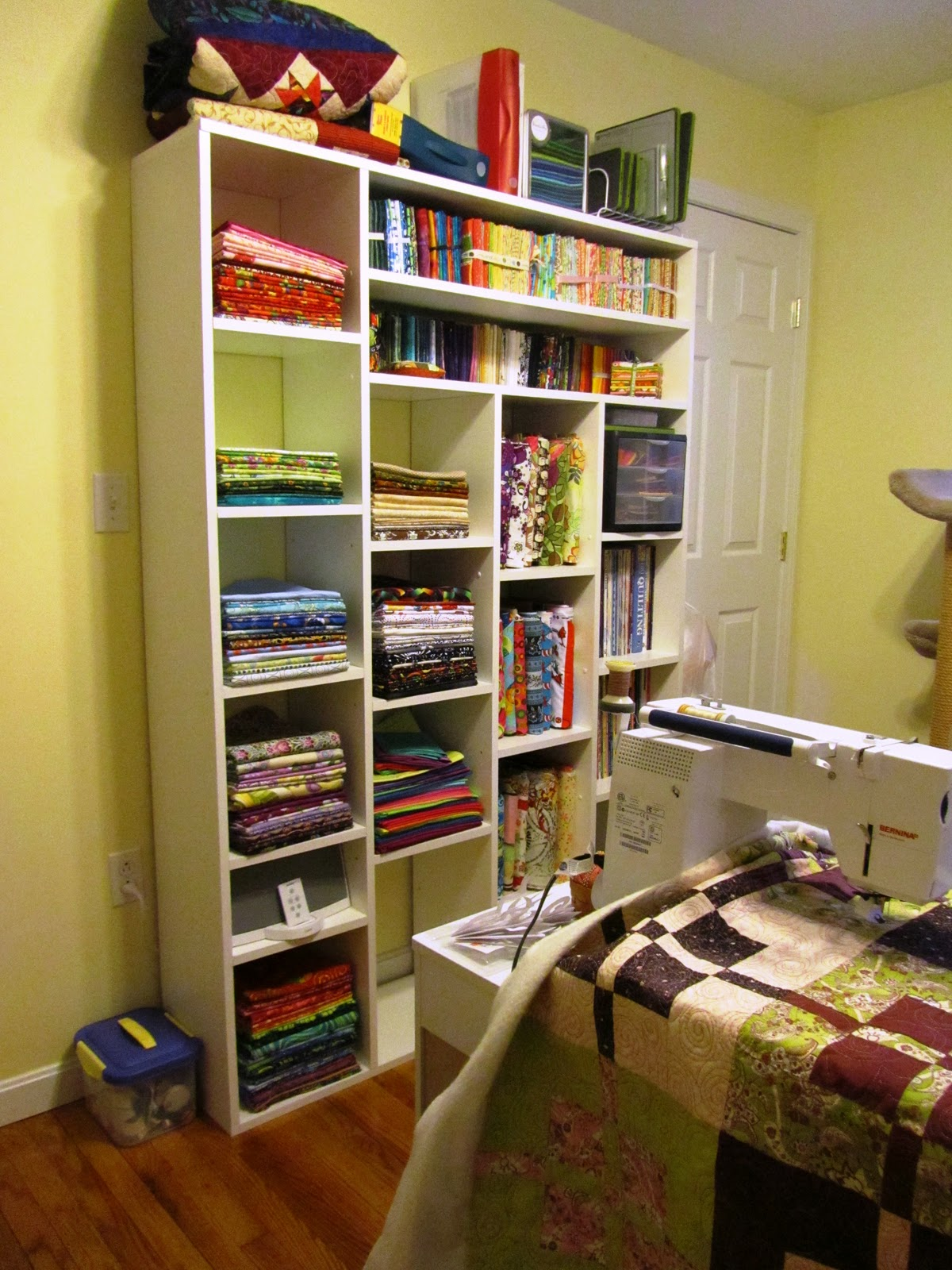 Room Ideas: A Quilting Jewel: My Quilting Room