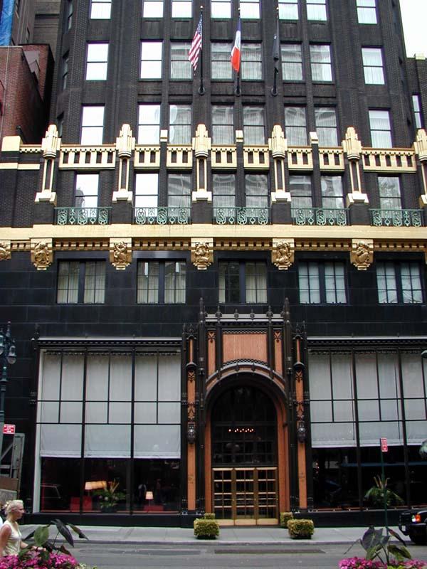 Daytonian In Manhattan Breaking Ground In Black And Gold