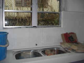Umah Saya Tuh Mmg Dah Siap Extend Kat Bhgn Belakang Maksudnya Ader Dapur Basah Dahla A Kitchen Kabinet Lame Tak Shantek Makanya Decide Utk