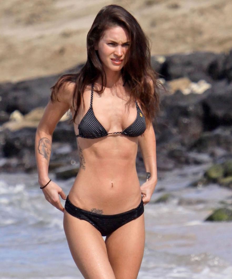 Megan fox on the beach in hawaii dec nudes (15 pic)