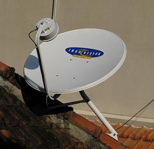 Hasil gambar untuk gambar parabola dan tv kabel