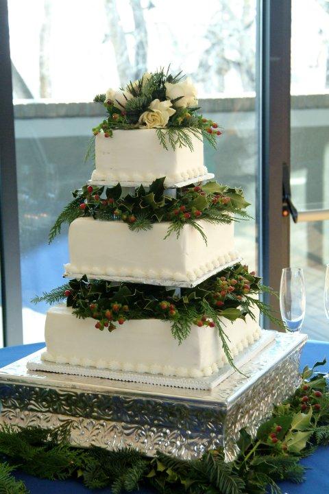 Top 40 Christmas Wedding Centerpiece Ideas - Christmas ... |Christmas Wedding Cakes