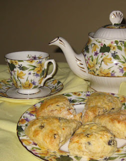 Tea and Scones / www.delightfulrepast.com