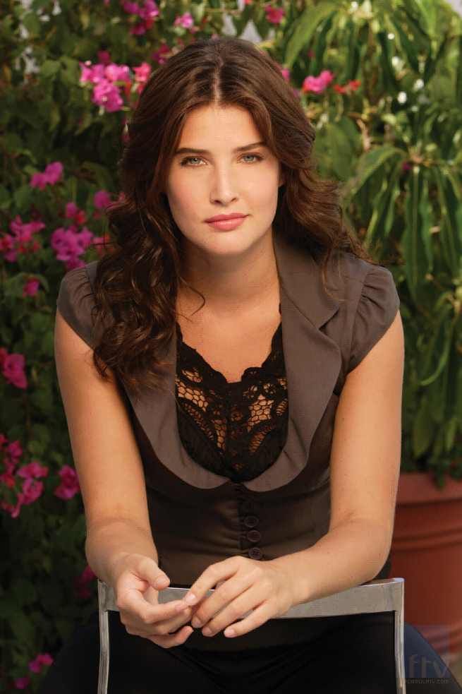 Cute Stylish Girl Wallpaper Celebrity Wallpapers And Videos Cobie Smulders