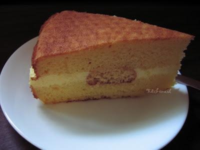 Daily Happiness Lemoncello Cream Torte