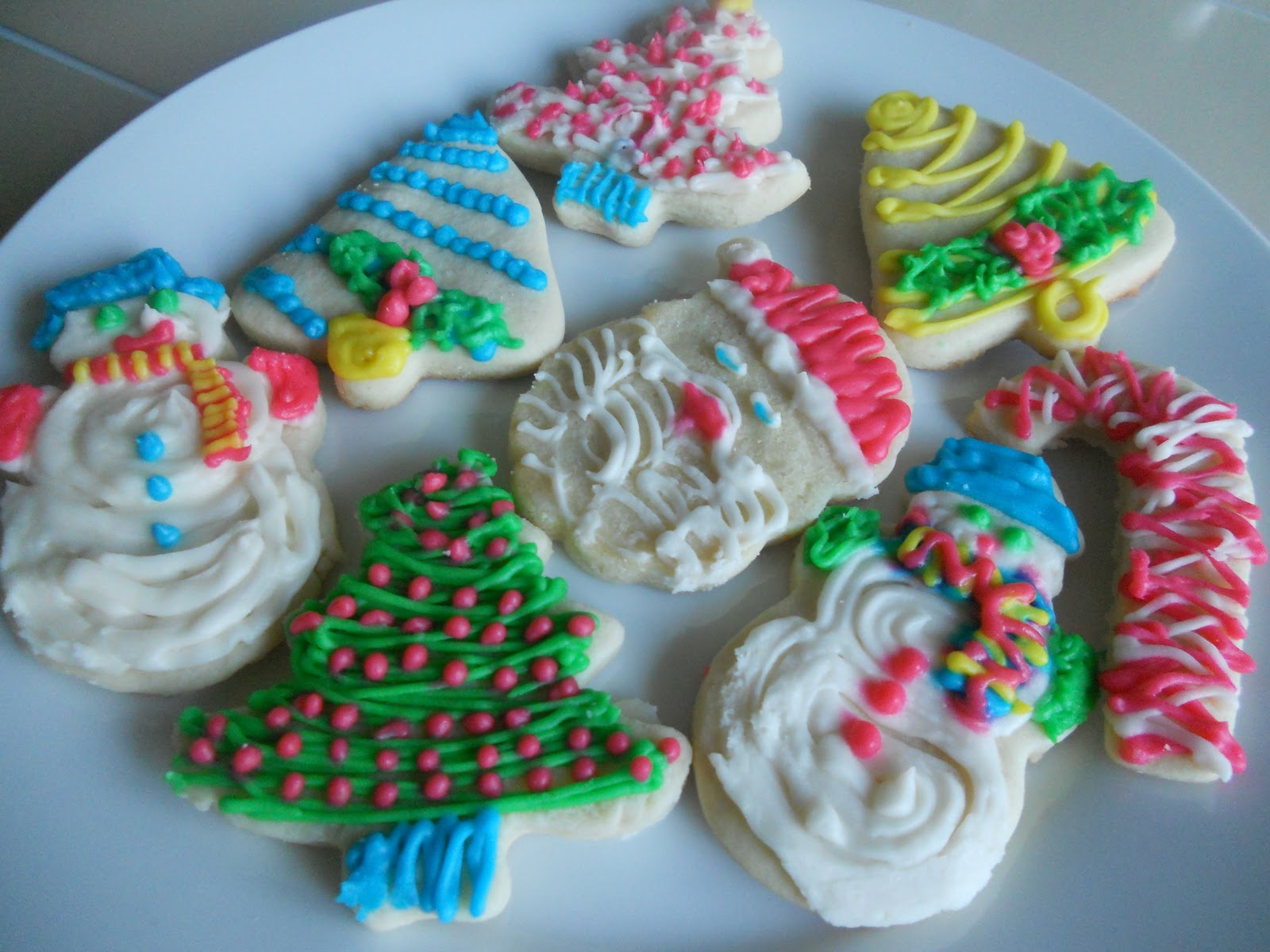 Christmas Cut Out Cookies.The Cafe At The Little Yellow House Frosted Christmas Cut