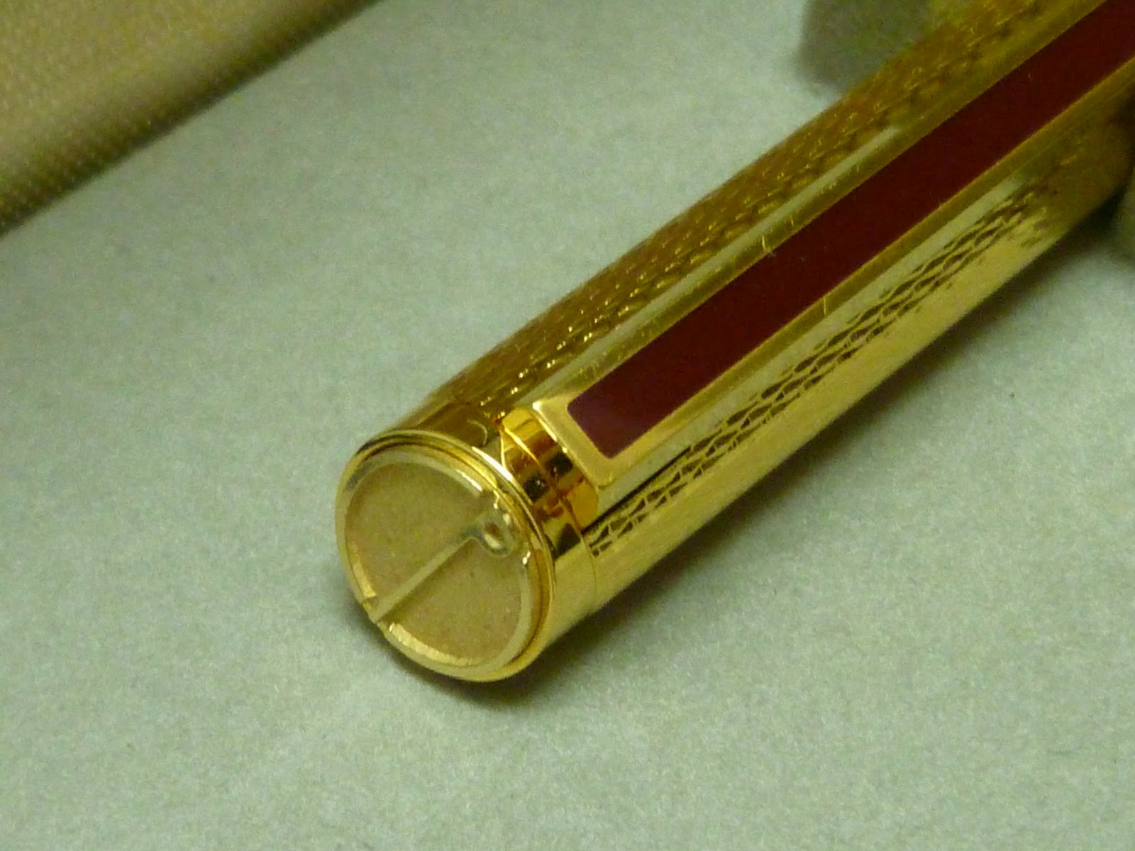 Collectible Curio Vintage Dunhill 1980s Gold Plated