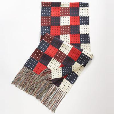 comprando ora comprare on line nuovo stile di vita io sono Chuck Bass...: La sciarpa di Chuck Bass