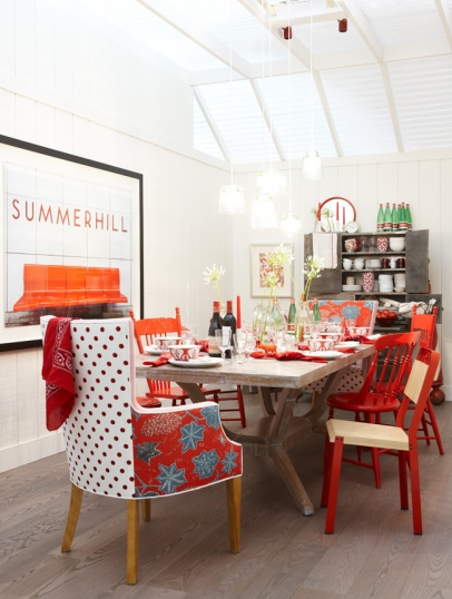 Red accents in a modern farmhouse dining room by Sarah Richardson