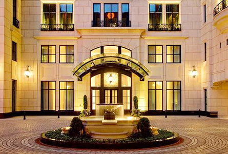 Hotel Inspiration: Waldorf Astoria Chicago