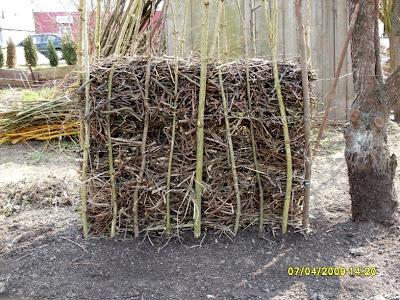 Zaun Aus Asten Und Zweigen Schau Unter Die Haube