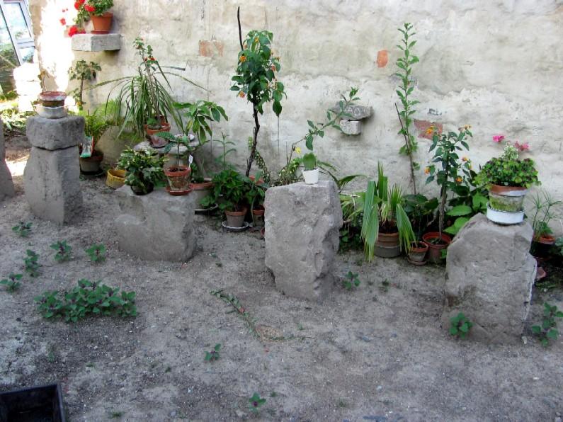 gartenarbeit ideen stonehenge f r jedermann gartenkunst auf einfache weise. Black Bedroom Furniture Sets. Home Design Ideas