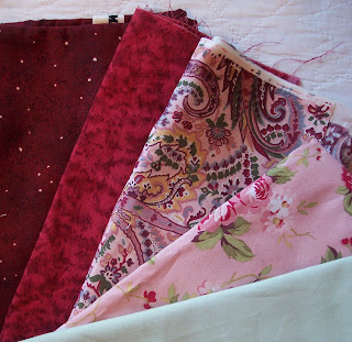 Pick your Quilt Fabric Colors by The Quilt Ladies