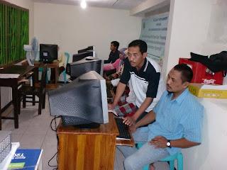 Pelatihan Internet smkm 6 dengan Universitas Negeri Malang