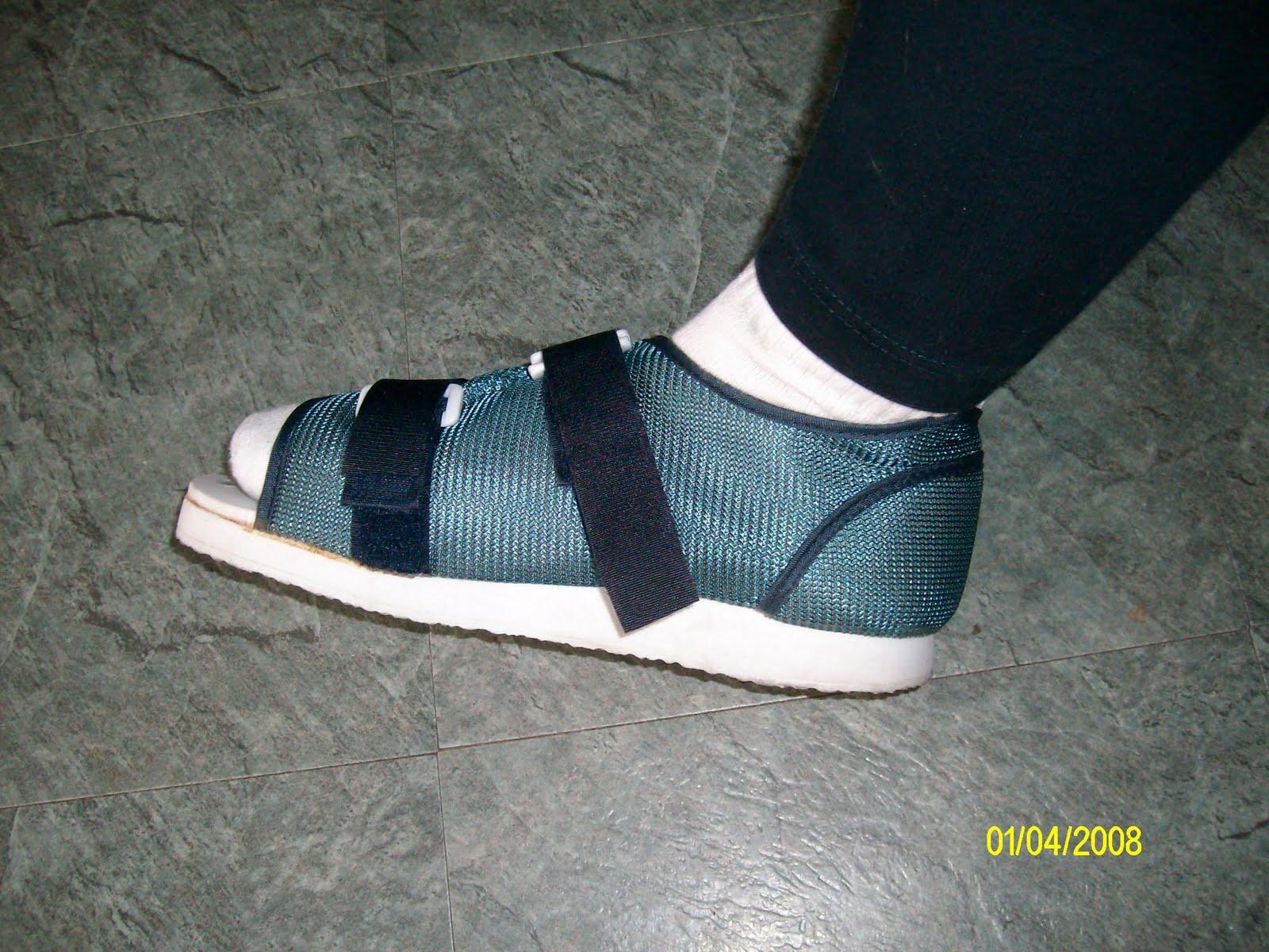 Ortho Shoe For Broken Toe