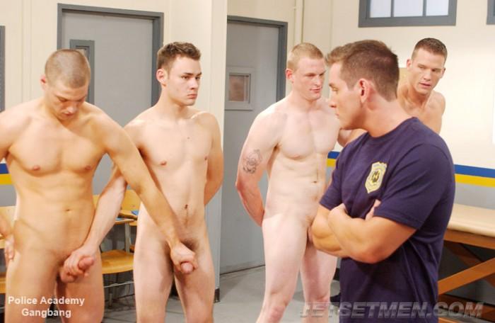 секс игры полицейская академия
