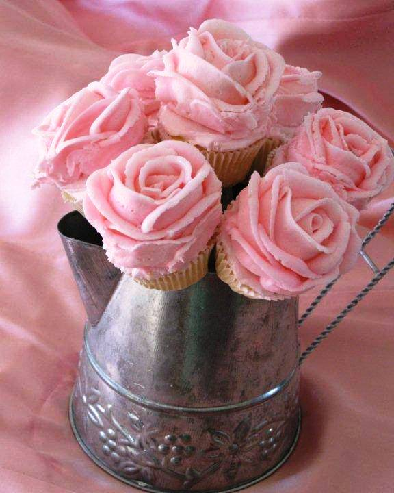 how to make icing roses for wedding cakes hearts amp flowers decorating for your wedding day 15965