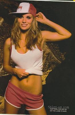 Nicole Hiltz Naked 50