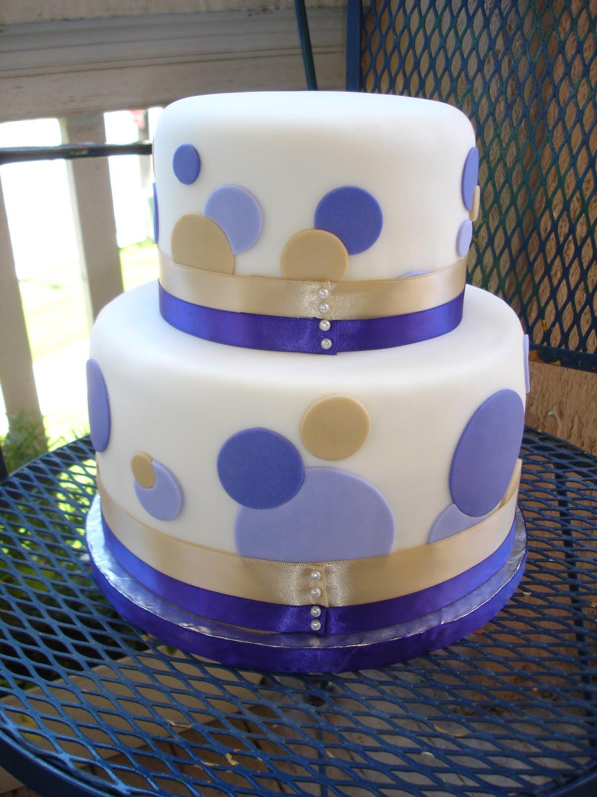 Cake As An Art A Polka Dot Wedding Cake