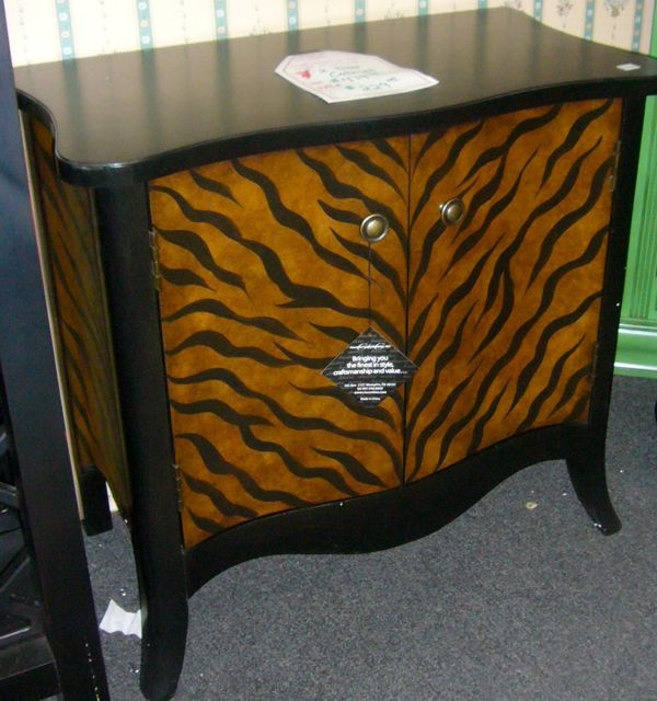 Furniture Factory Outlet: Wild Finds At Waxhaw Furniture Factory Outlet