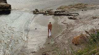 Saradari nude beach