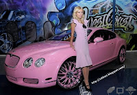 Galeria de fotos - Paris Hilton - carro Bentley 5
