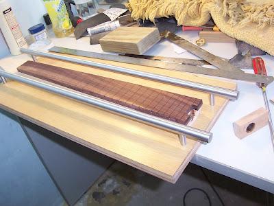 the d i y guitar blog fingerboard radius jig. Black Bedroom Furniture Sets. Home Design Ideas