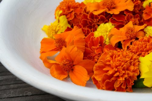 edible flowers - Marigolds
