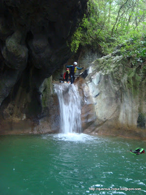 Salto no documentado en barranco Chuveje