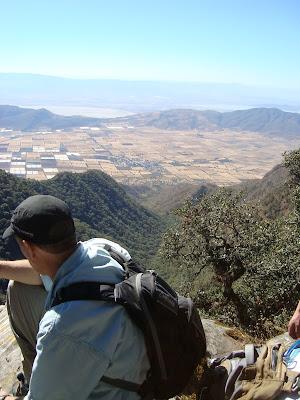 Vista del valle de Zapotitán desde Cerro Viejo