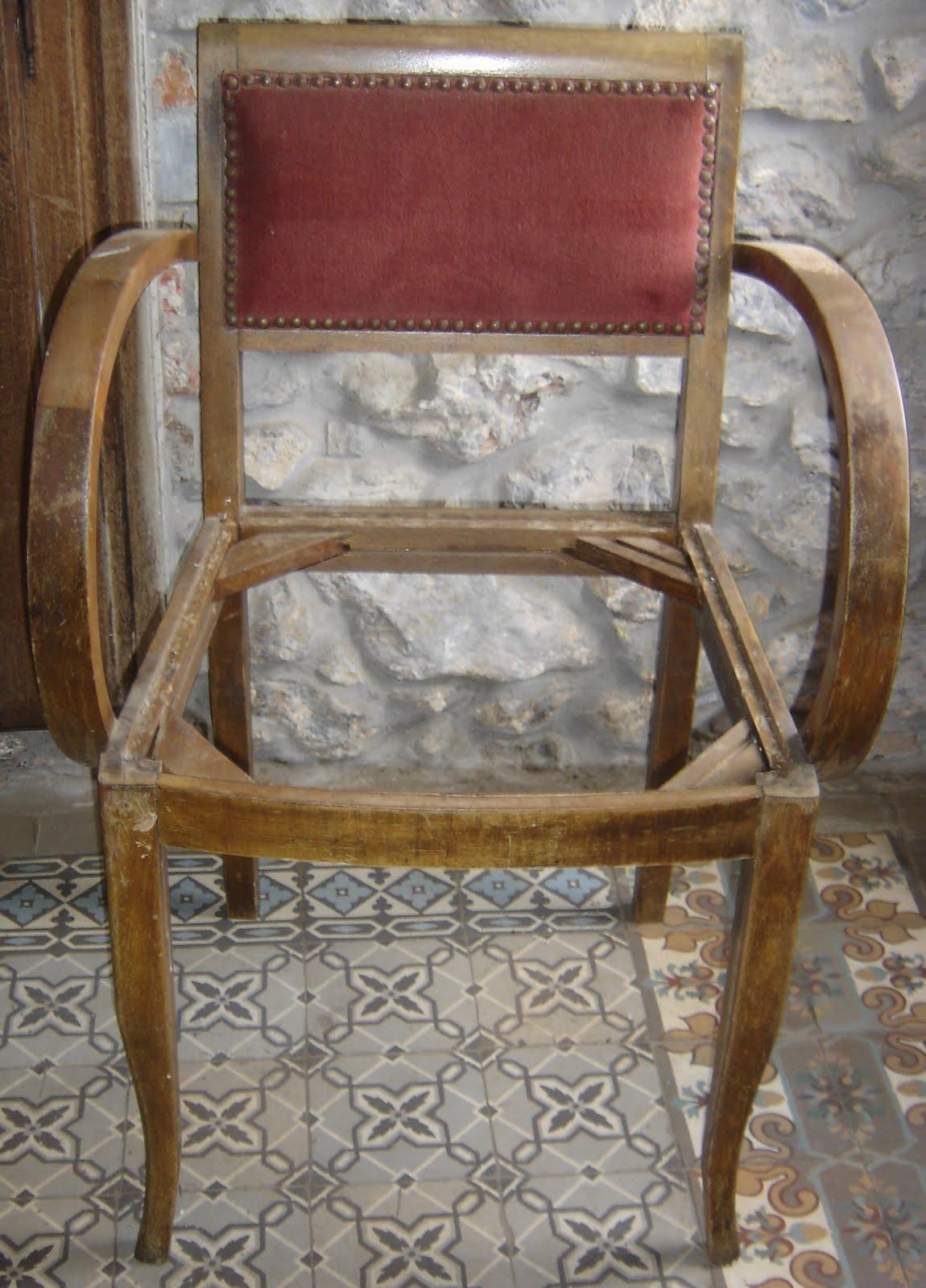 restauration de fauteuil bridge table de lit a roulettes. Black Bedroom Furniture Sets. Home Design Ideas