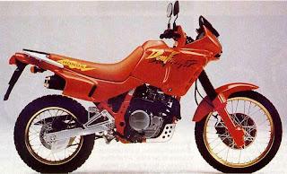 Honda NX 650 Dominator, historia, modelos y evolución