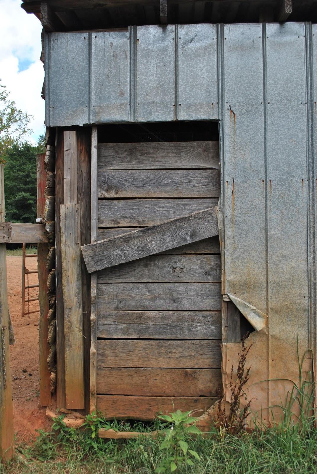 FREE TEXTURE SITE: Free Wood Door Texture