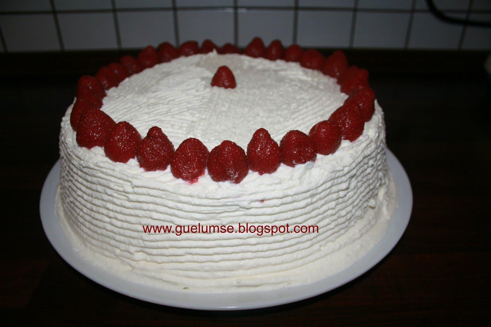 Hazır Kekten Pasta Yapımı Videosu